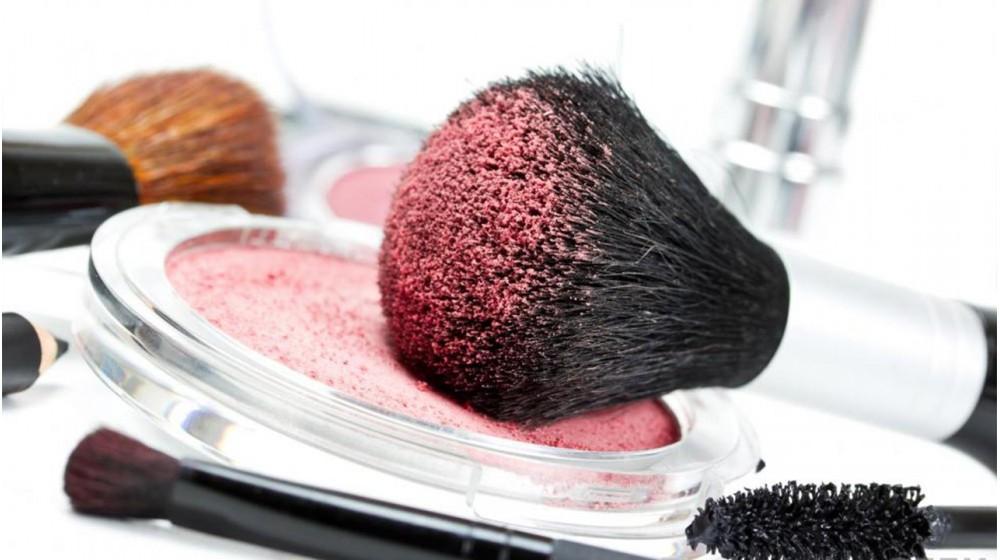 Greșeli frecvente de make-up