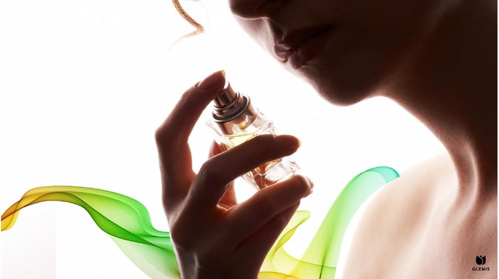 Ce parfumuri foloseau reginele